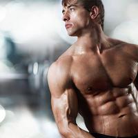 Персональный тренер по бодибилдингу и фитнесу с диетологическим уклоном